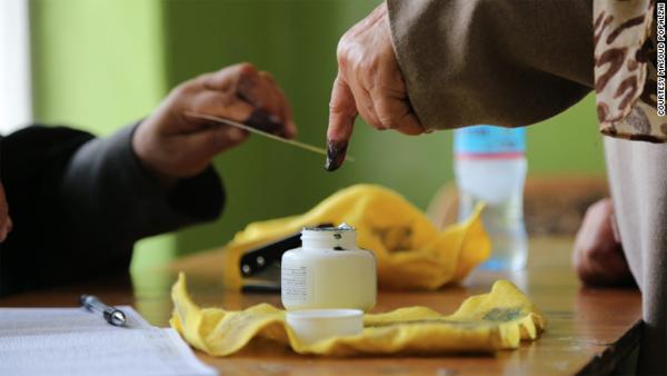 Voting ends in Afghan presidential runoff