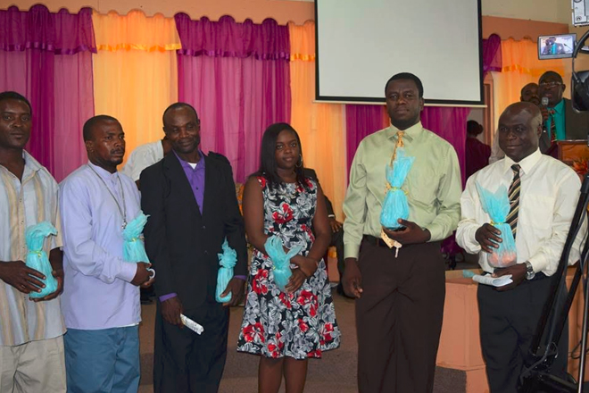 Government officials celebrate commitment of sanitation workers to duty