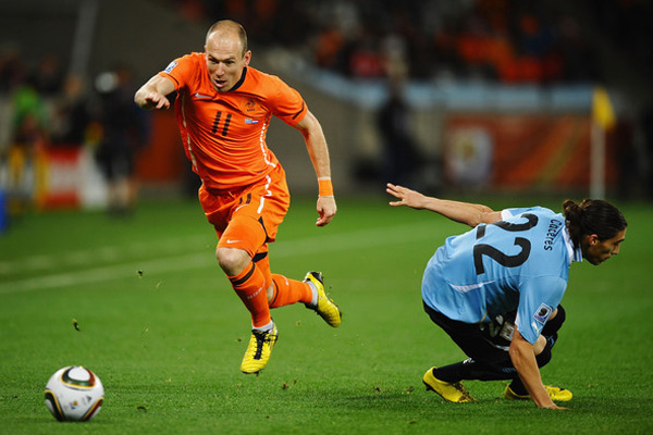 Speedy striker Robben starring at World Cup