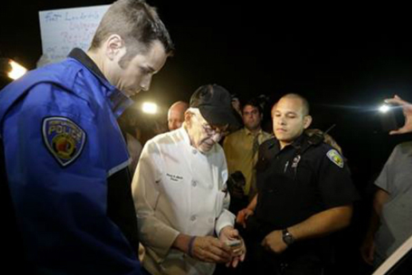 90-y-o charged for feeding homeless in Fort Lauderdale