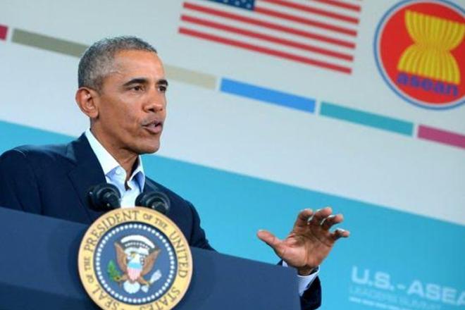 Antonin Scalia death: Obama pushes Senate over Scalia seat