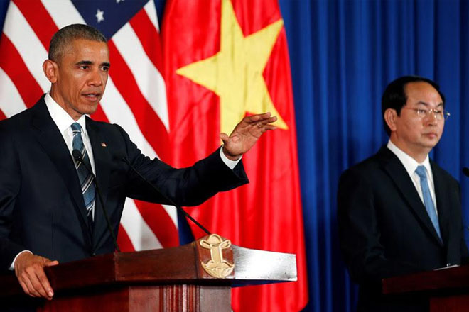 Obama lifts US embargo on lethal arms sales to Vietnam