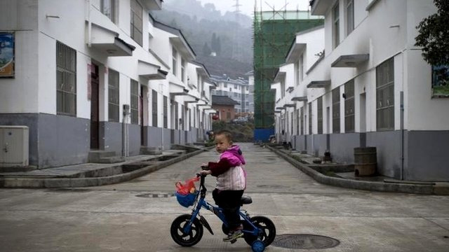 China reforms: One-child policy to be relaxed