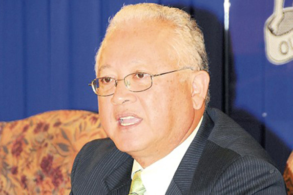 Chuck turns up pressure on Holness to resign