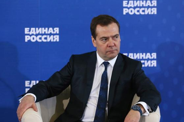 Russia orders 5 top companies to help stabilise currency