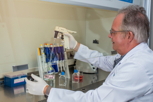 Accomplished biologist and equine medicine specialist takes up senior Scientist post at Ross University School of Veterinary Medicine