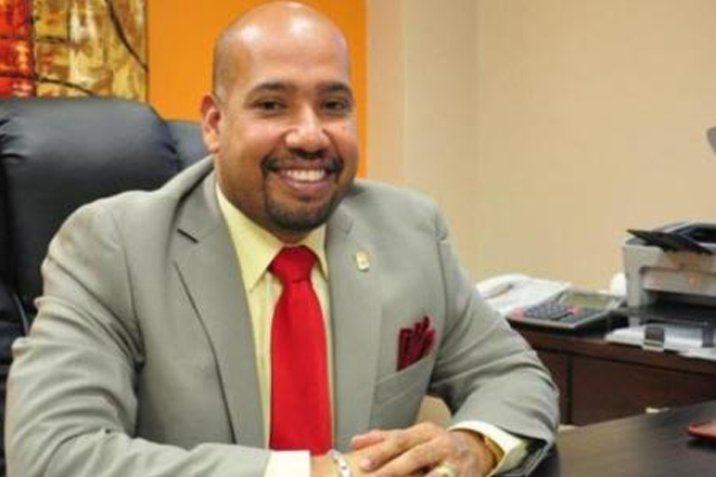 Businesses owned by former minister of finance raided in Curacao