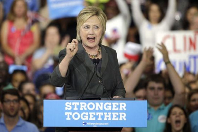 Hillary Clinton questioned by FBI on emails