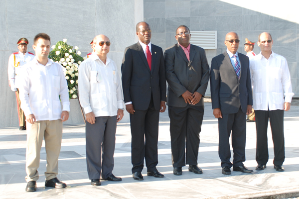 The delegation visiting the Republic of Cuba