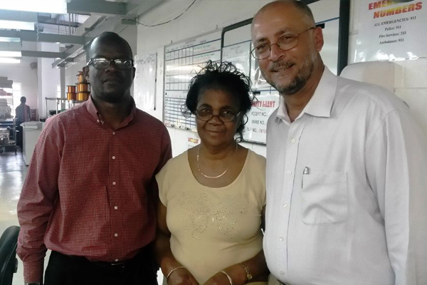 SKN Government shows support for manufacturing