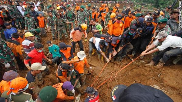 Death roll rises in Indonesia landslide