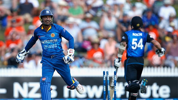 Dilshan, spinners, run outs foil NZ