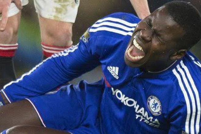 Kurt Zouma: Chelsea Defender Out For Six Months & Needs Surgery