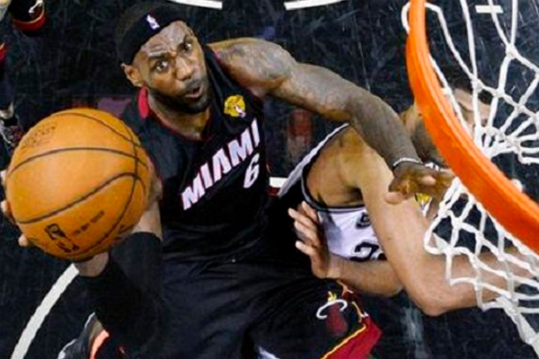 Game 2: LeBron carries Heat past Spurs to tie NBA Finals