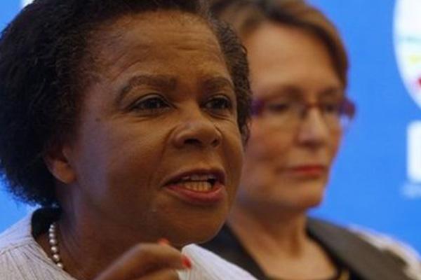 South Africa's Mamphela Ramphele joins DA