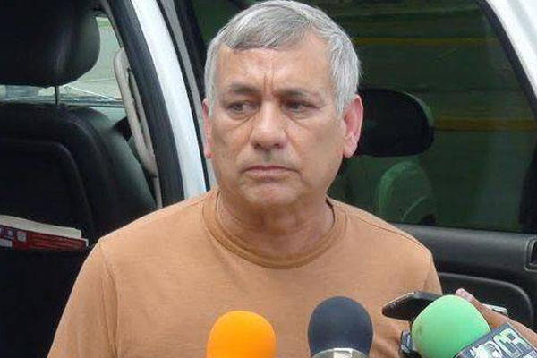 Gunmen kill Mexican general and his wife