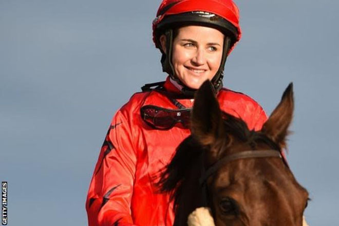 Michelle Payne: Melbourne Cup winner escapes serious injury