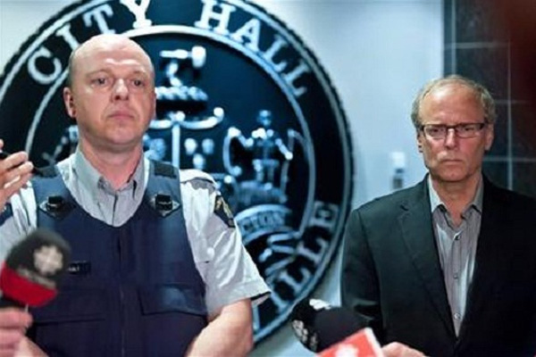 Gunman kills 3 Canadian cops, manhunt on
