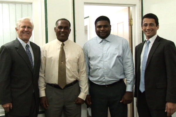 Clinton Foundation offers Nevis assistance with renewable energy thrust