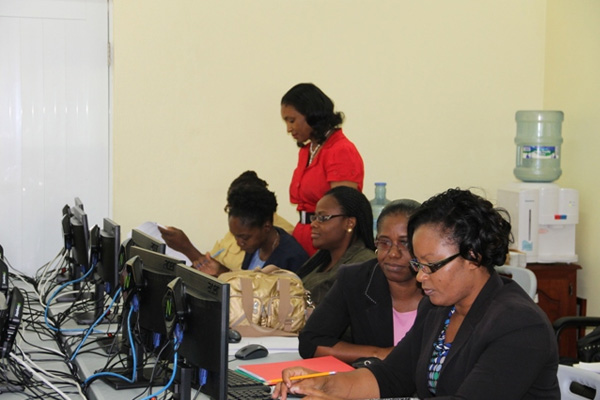 Budget personnel in the Nevis Island Administration get training
