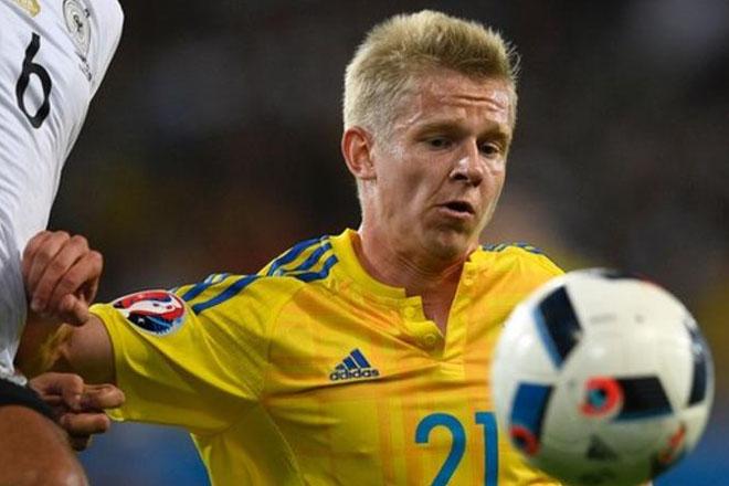 Man City: Oleksandr Zinchenko signs after Euro 2016 duty with Ukraine