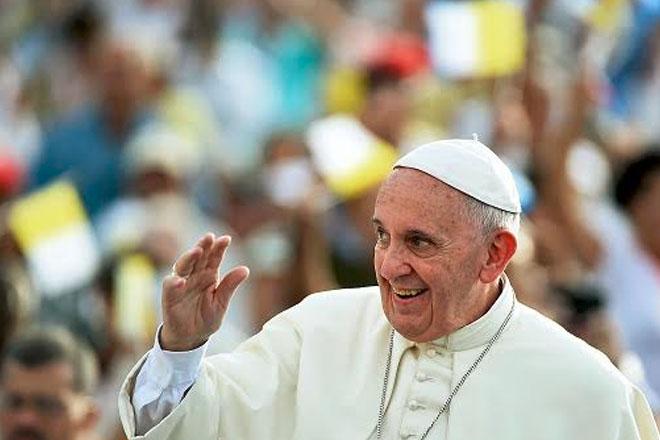 Pope met secretly in US with anti-gay marriage clerk