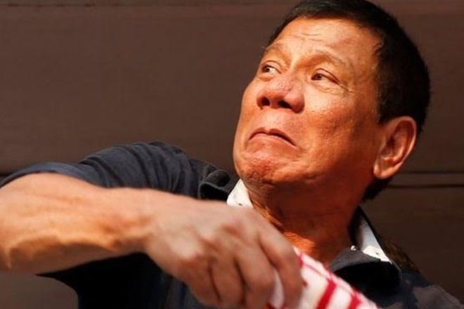 Philippines election: Final rallies ahead of vote
