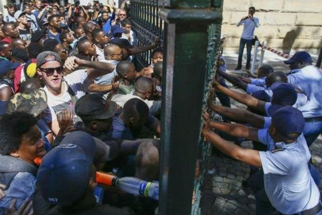 South African Students Clash with Police near Parliament