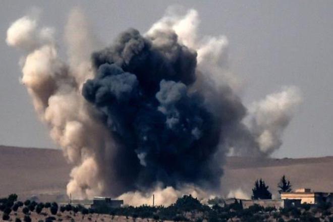 IS conflict: Turkey-backed Syrian rebels 'take Jarablus'
