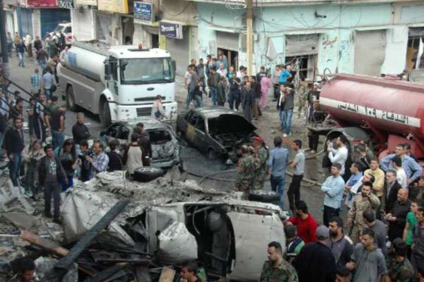 Syrian rebels bomb hotel that houses government forces