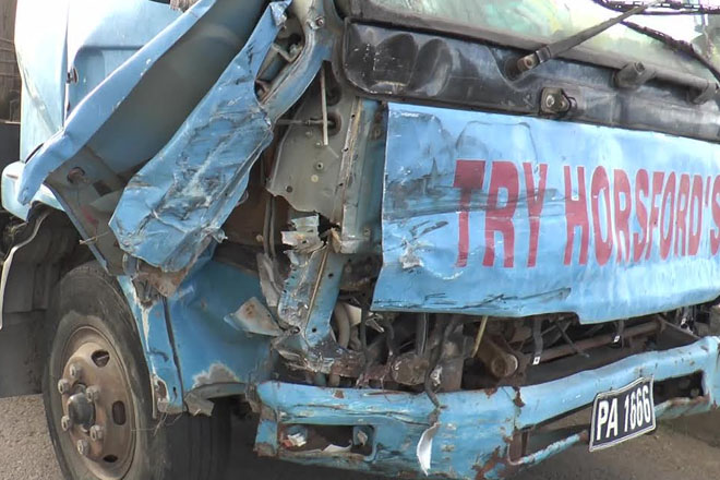 8 injured in traffic accident; police investigating