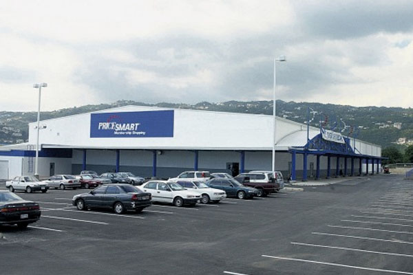 Trinidad PriceSmart ex-worker on 122 fraud charges granted bail