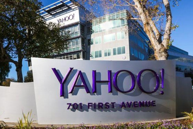 Yahoo sold to US telecoms giant Verizon