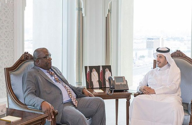 Prime Minister builds economic relations with Qatar during his short but productive stay