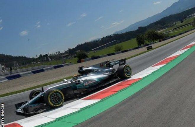 Lewis Hamilton edges Sebastian Vettel in Austrian Grand Prix practice