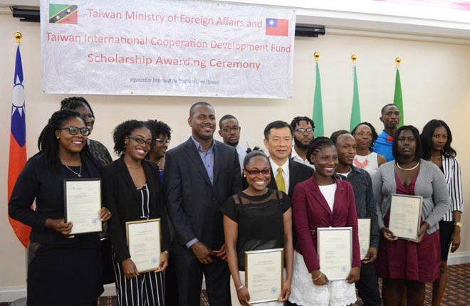 Thirteen nationals receive 2017 Taiwan Scholarship Award