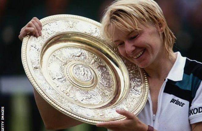 Jana Novotna: Former Wimbledon champion dies at age of 49