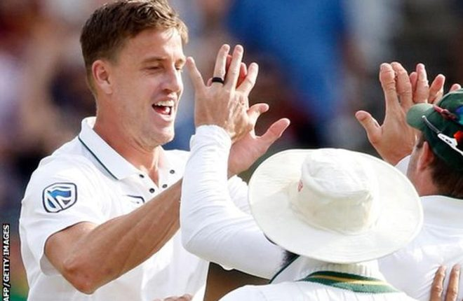 Morne Morkel: Surrey sign ex-South Africa fast bowler on two-year deal