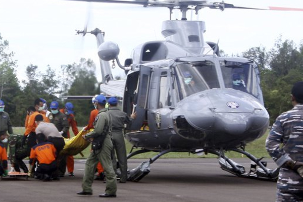 Indonesian divers recover 6 more bodies from AirAsia crash