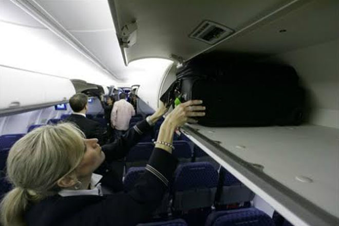 Airline group suggests smaller carry-on bags to free up bins