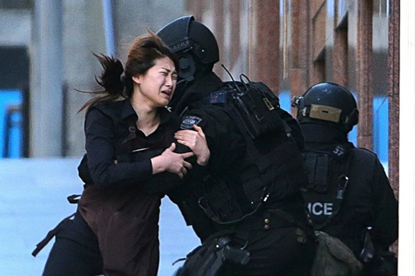 Five people escape from Sydney cafe in hostage crisis