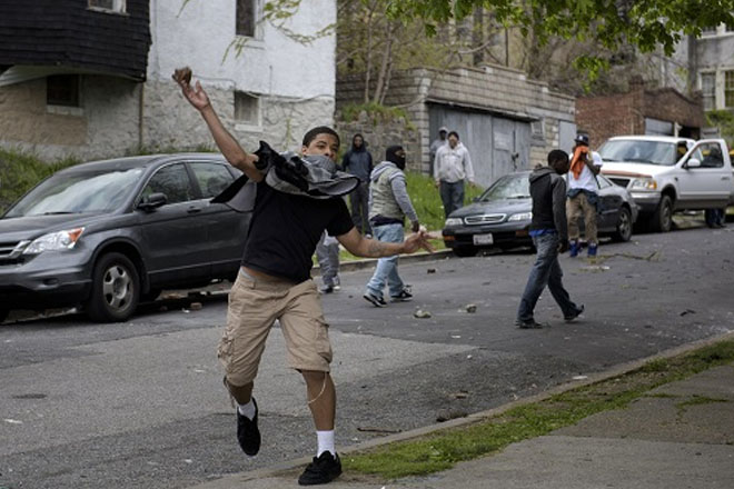 US Governor declares state of emergency amid Baltimore riots