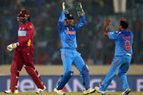 Bowlers give India easy win