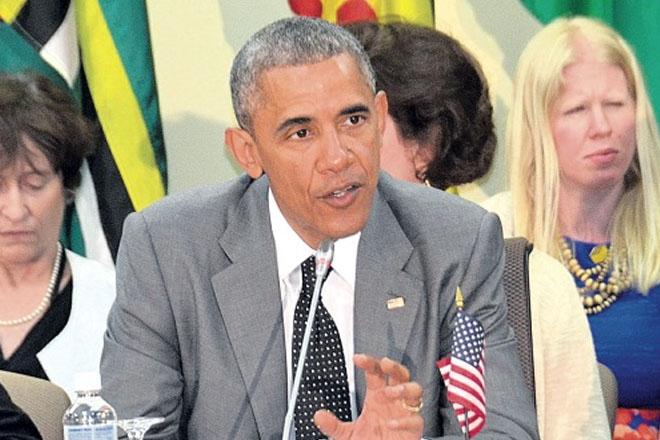 Obama moves to demilitarize US cops