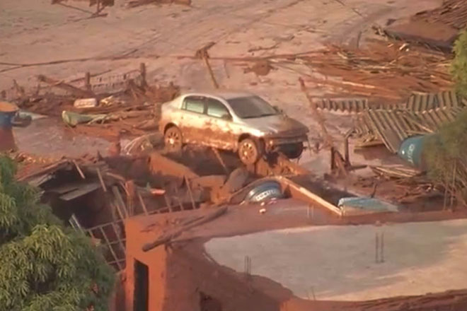 One dead in Samarco Iron Ore Mine Dam burst near Mariana