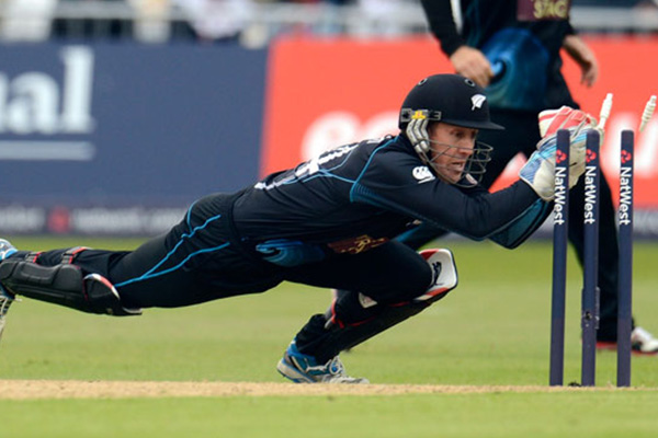 Ronchi, Mc Cullums set up emphatic win