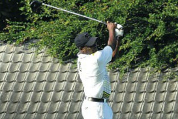Lara vies for spot on T&T golf team