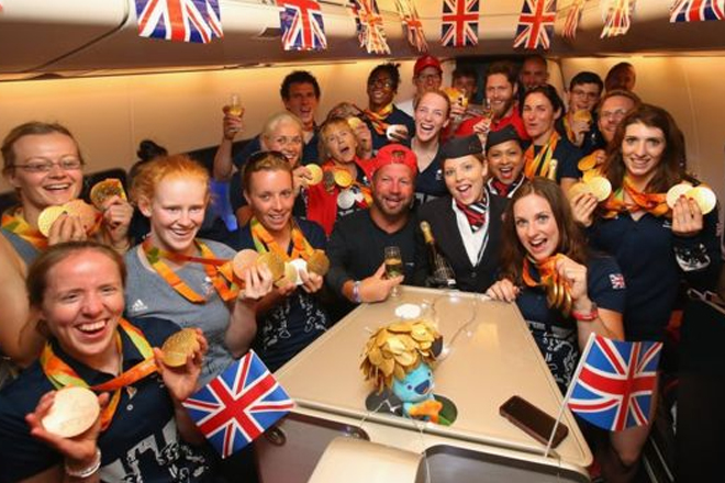 Rio 2016: Queen hails 'magnificent' Paralympians on homecoming