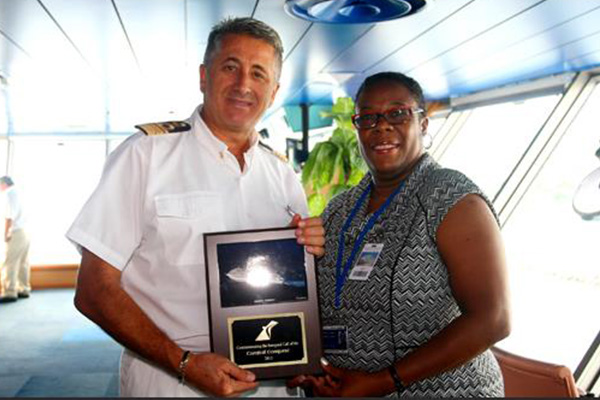 "Carnival Conquest's inaugural call ""a testament to St. Kitts as a cruise destination"""