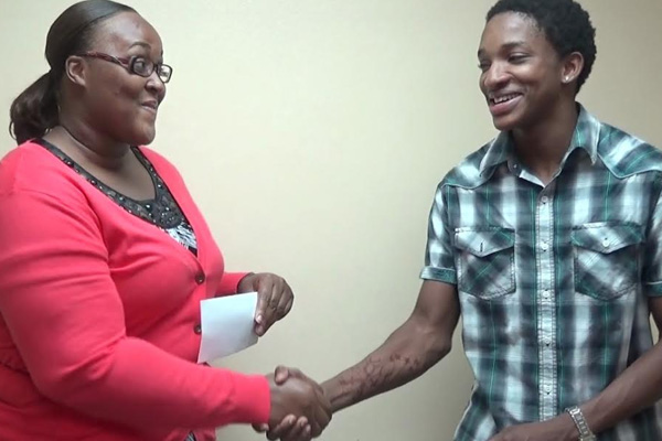 Young Entrepreneur Sponsors Remarkable Teens Projects